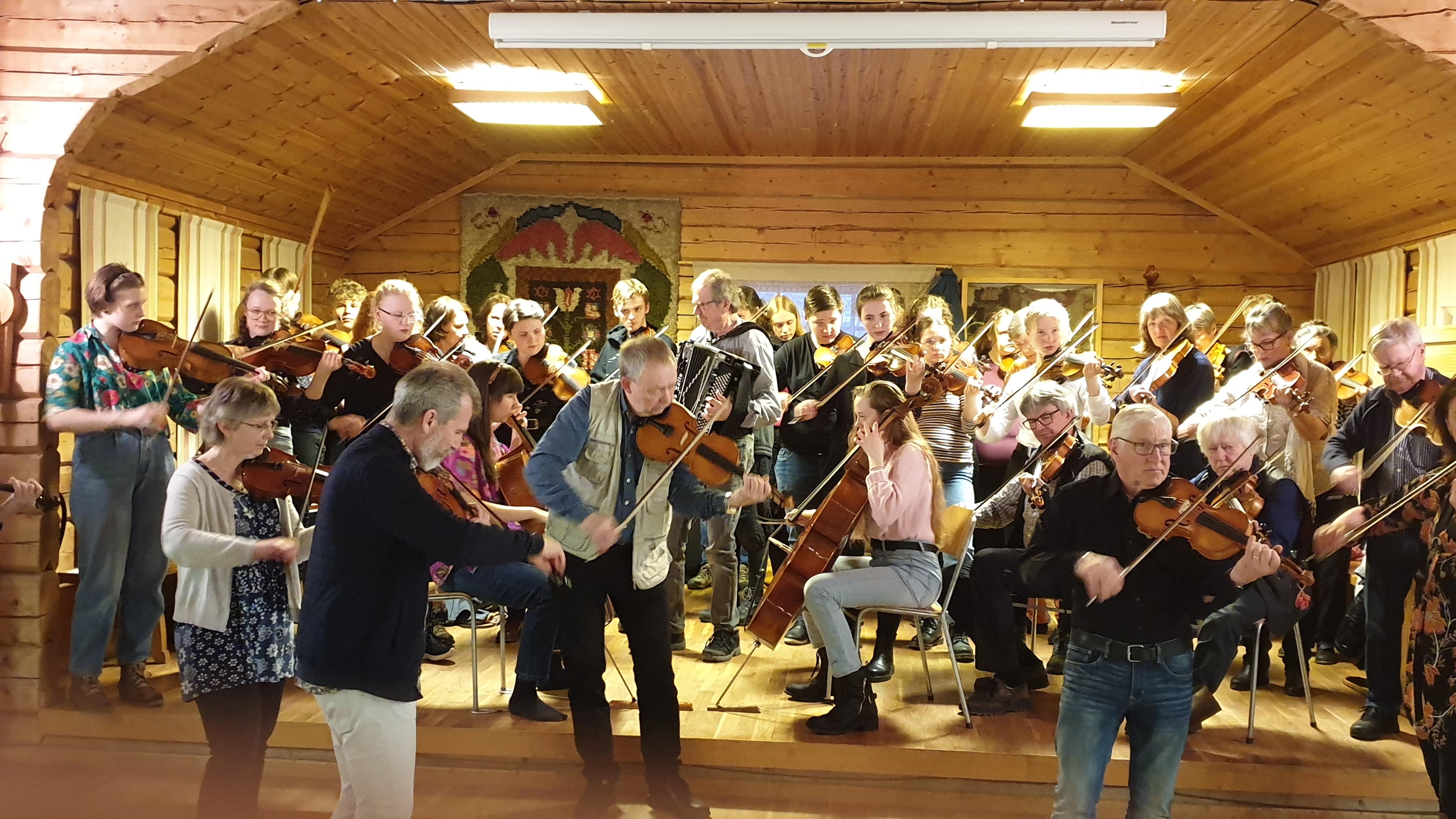 Lägerhelg för folkmusik