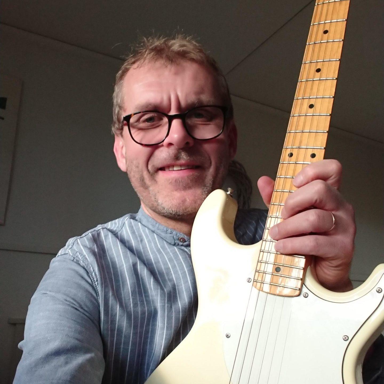 Trum- och gitarrlärare